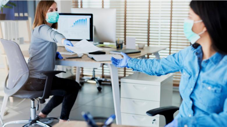 Empresários encaram desafios de retomar rotina nos escritórios após período de home office - Local Confiável